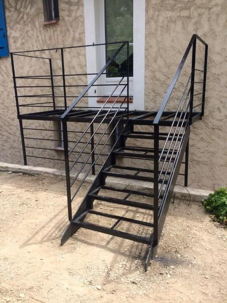 Rampe d'escalier en métal