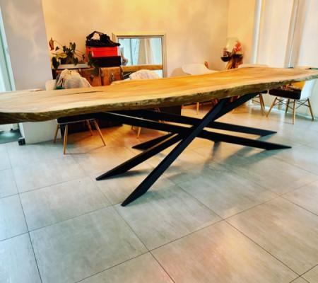 Création de mobilier sur mesure en acier et acier/bois contemporain et moderne